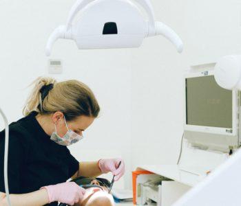 le traitement de la gingivite